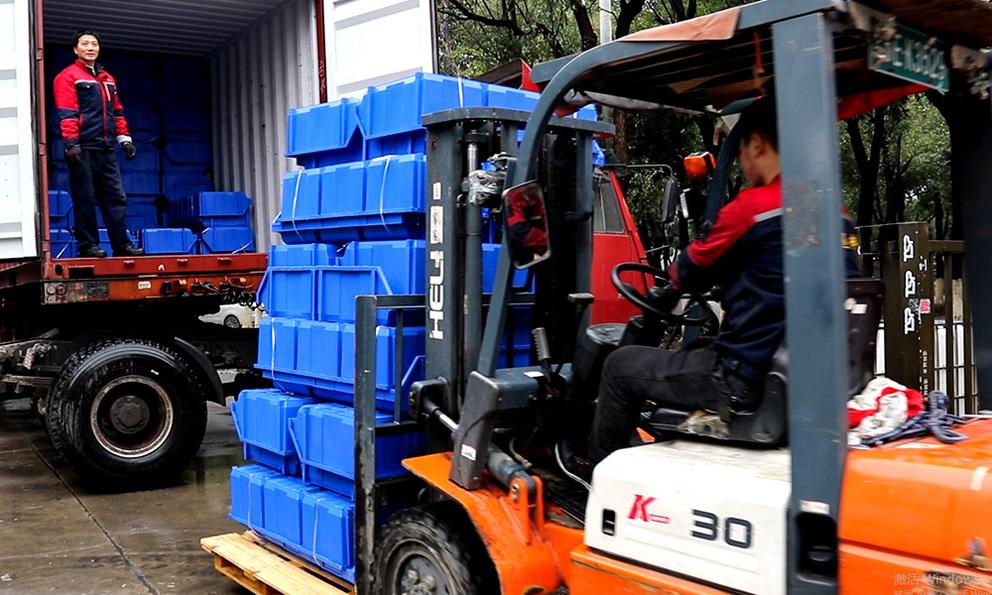 Plastic bins for Shipment